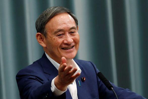 Премьер Японии - первый иностранный лидер, с которым встретится Байден