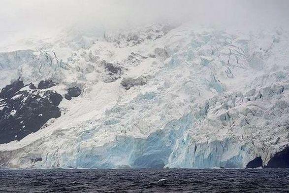 Сильное землетрясение всколыхнуло берег Антарктиды