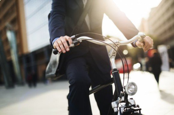 Водителя российского дипломата во Франции заподозрили в продаже краденых велосипедов