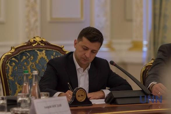 Зеленский ввел в действие решение СНБО по защите нацинтересов в сфере авиадвигателестроения