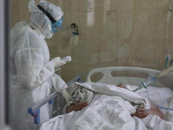 Минздрав: уровень COVID-госпитализаций превышен в большинстве областей Украины