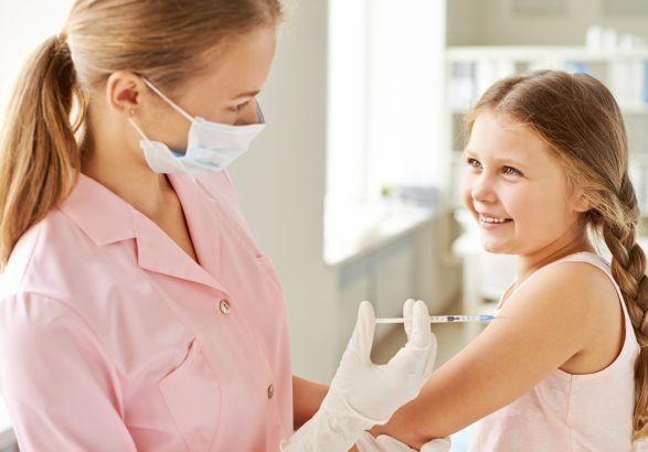 Pfizer и BioNTech начали тестирование вакцины на детях