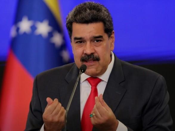 """СМИ: Facebook """"заморозил"""" страницу президента Венесуэлы Мадуро из-за фейков о COVID-19"""