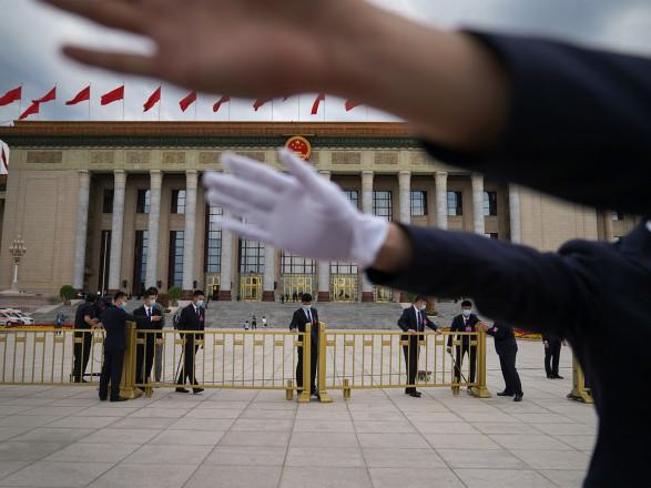 СМИ: Китай выставляет секретные условия при предоставлении кредитов другим государствам