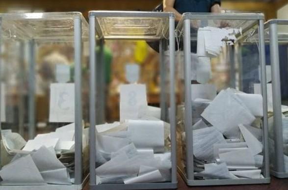 Довиборы в Раду: после восстановления подсчета голосов на Прикарпатье Шевченко обогнал Кошулинского