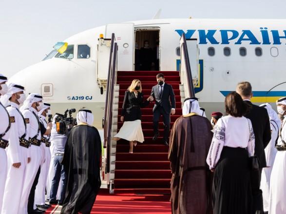 Зеленский с первой леди прибыл в Катар