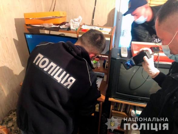 В Черновцах суд взял под стражу двух пенсионеров, которых обвиняют в распространении порно и развращении несовершеннолетних