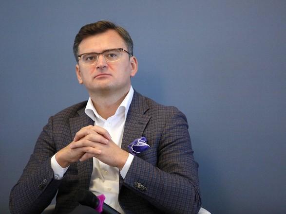 """Кулеба - Лаврову: международные партнеры прекрасно видят, что """"в себя"""" надо приводить не Украину, а Россию"""