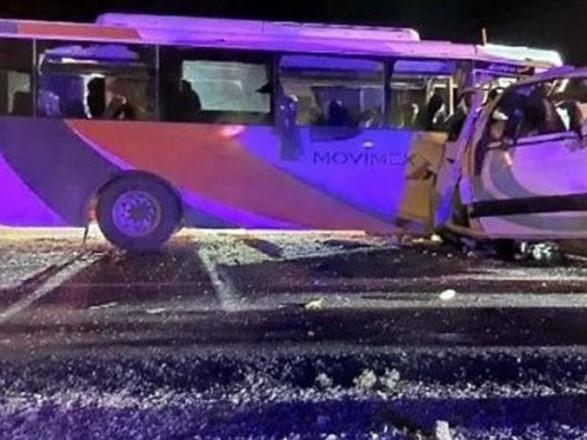 В Мексике столкнулись автобусы: погибли 16 человек