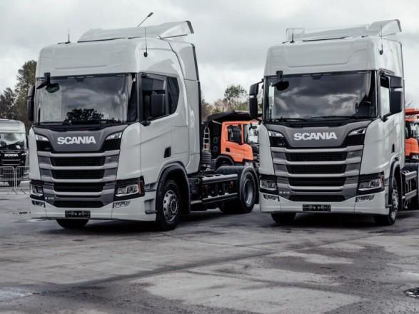 Испанский стыд: шведская Scania разместила билборд рядом с судом, который рассматривает их дело