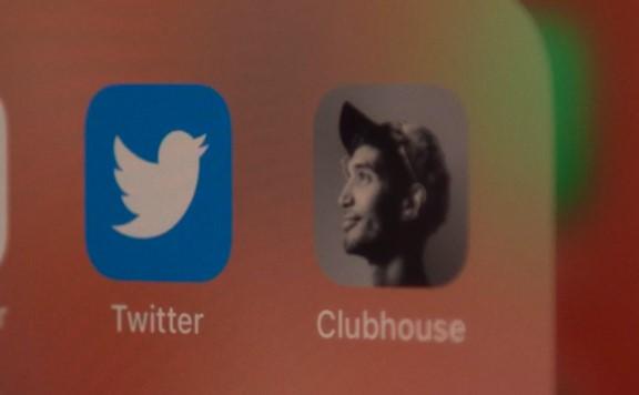 Twitter планирует купить Clubhouse за 4 млрд долларов - Bloomberg