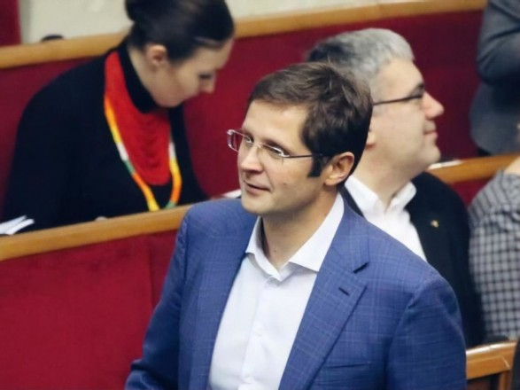 СНБО готовит санкции против нардепа Холодова за контрабанду сигарет - Виктор Таран