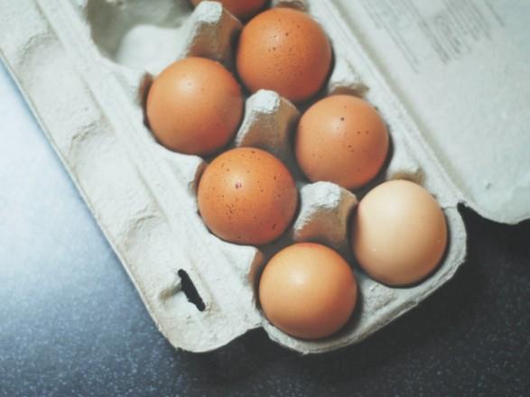 Подорожание яиц и подсолнечного масла: в АМКУ решили исследовать причины