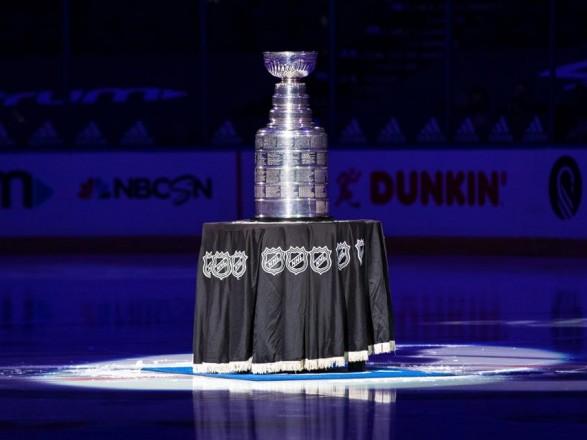 Пандемия: НХЛ перенесла дату завершения регулярного чемпионата