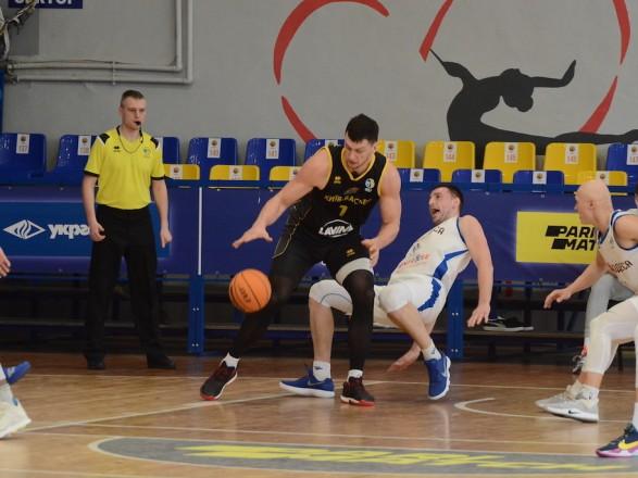 Баскетбол: лидер баскетбольной Суперлиги одержал 25-ю победу
