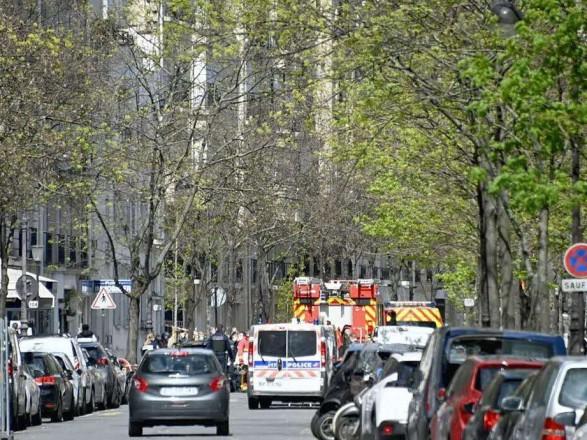 В Париже неизвестный открыл стрельбу возле больницы, есть жертва