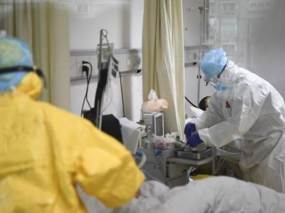 """В коммунальных больницах Киева уже занято почти 71% """"ковидных"""" коек - Кличко"""