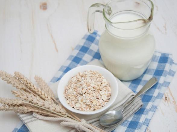 Финны создали первый в мире алкоголь из овсяного молока: интересные подробности