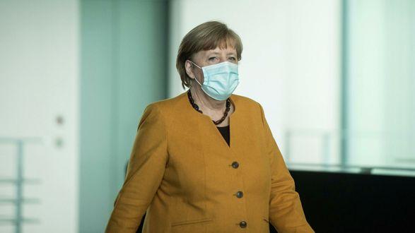 Ангела Меркель сделала первую прививку вакциной AstraZeneca