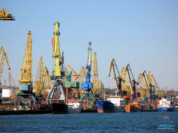 Напряжение в Черном море: АМПУ заявила, что порты работают без ограничений