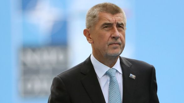 Премьер Чехии обещает рассекретить отчет о взрыве на складах боеприпасов в 2014 году