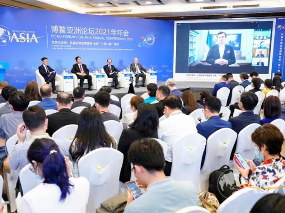 Кулеба хочет развивать торговлю в треугольнике Западная Европа - Украина - Азия