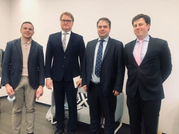 В апреле состоялся первый совместный диалог фармацевтического сектора и органов государственной власти по открытию рынка ЕС для украинских лекарственных средств - UBTA