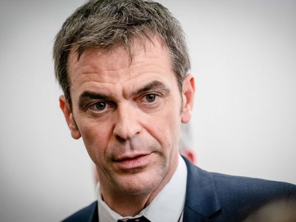 Глава Минздрава Франции выступил за поэтапное снятие карантина в стране