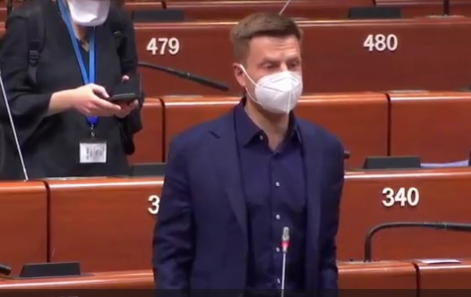 Скандал в ПАСЕ: члену украинской делегации не дали договорить и едва н