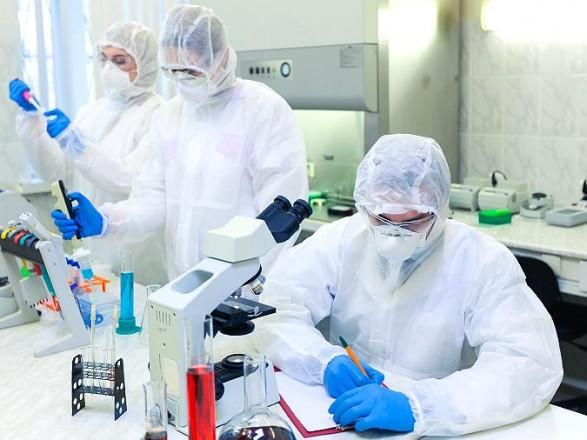 Шмыгаль дал две недели на финансовые вопросы для создания лаборатории по разработке вакцин