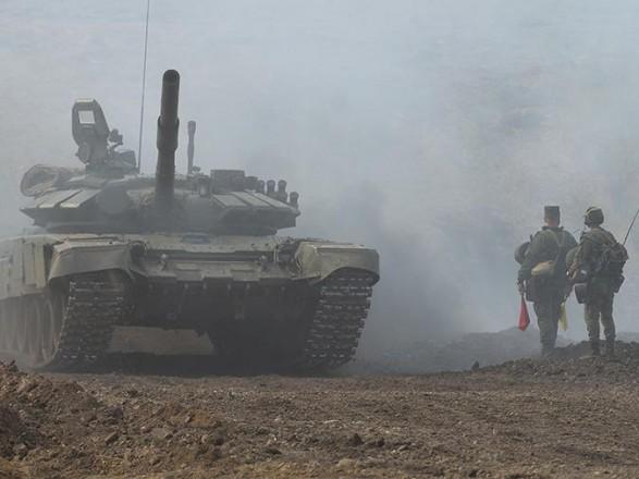 """Показали, что если будет силовое решение вопроса на Донбассе - введут войска и разделят Украину: военный эксперт об """"учениях"""" РФ"""