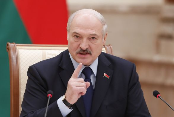 Лукашенко подпишет декрет о переходе Совбезу президентских полномочий в случае ЧС