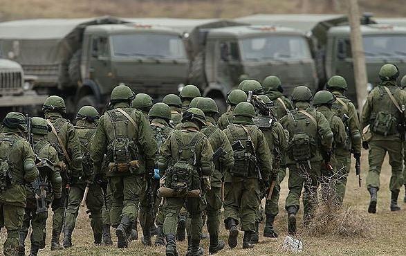 """В Швеции заявили, что отвод российских войск от границы Украины является """"дымовой завесой"""""""