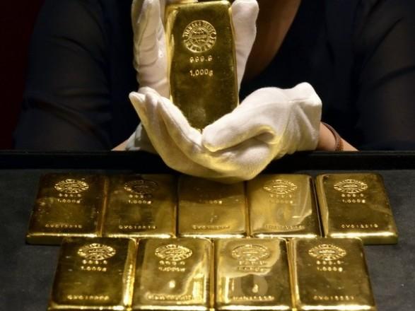 На 25 апреля установлена цена на банковские металлы