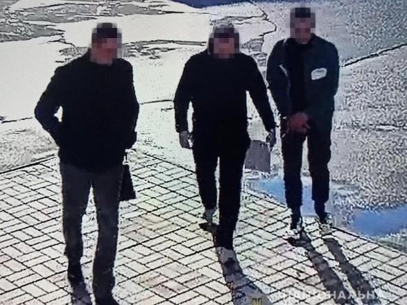 В Луганской области изнасиловали 6-летнюю девочку: подозреваемого задерживали с КОРДом