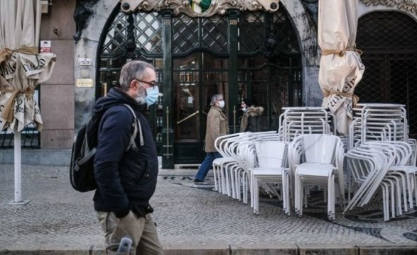 В Португалии ослабляют карантин