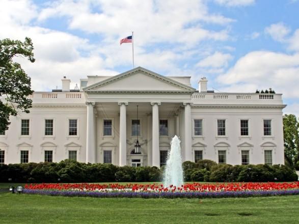 """Пресс-секретаря Белого дома отвлек """"призрак Линкольна"""": видео"""