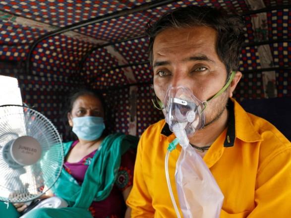 ВОЗ назвала причины новой вспышки коронавируса в Индии