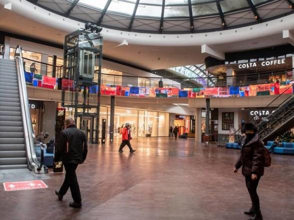 Локдаун: в Польше открылись музеи и торговые центры