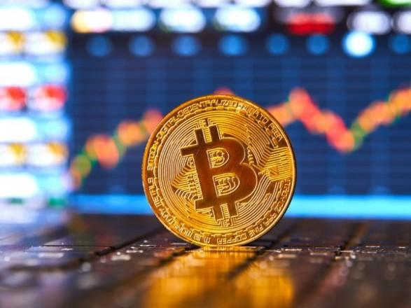 Инвестиции в биткоин и эфириум достигли максимума с февраля