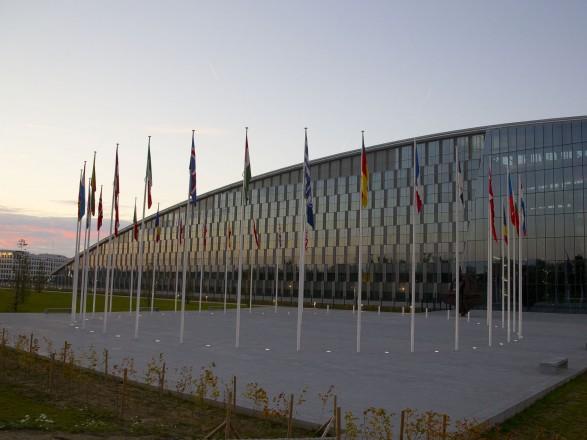 Украину не пригласили на саммит НАТО: Киев утверждает, что диалог продолжается