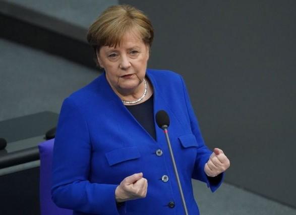 Меркель выступила против отказа от патентов на вакцины