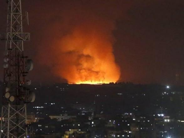 Израиль нанес ответные ракетные удары по нескольким городам в секторе Газа