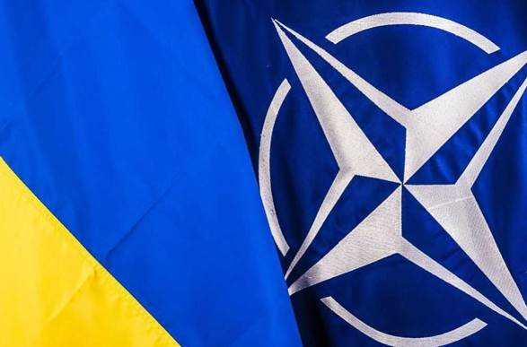 Офис президента и МИД разошлись во мнениях о готовности НАТО выдать план относительно членства в июне