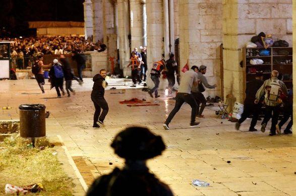 В Израиле еврейские экстремисты устраивают погромы по всей стране
