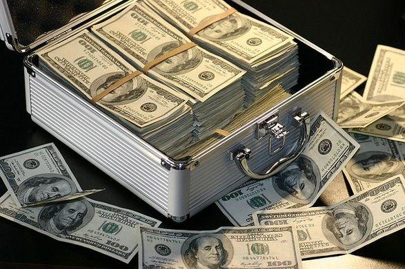 Состояние российских миллиардеров превышает треть ВВП всей страны – FT