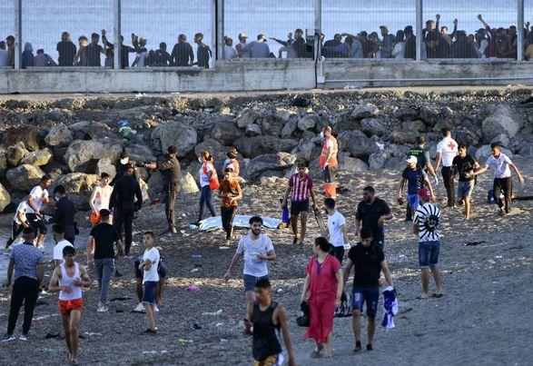 Кризис с мигрантами: Марокко и Испания обменялись взаимными обвинениями