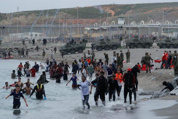 Испания надеется на скорейшее конец спора с Марокко из-за мигрантов