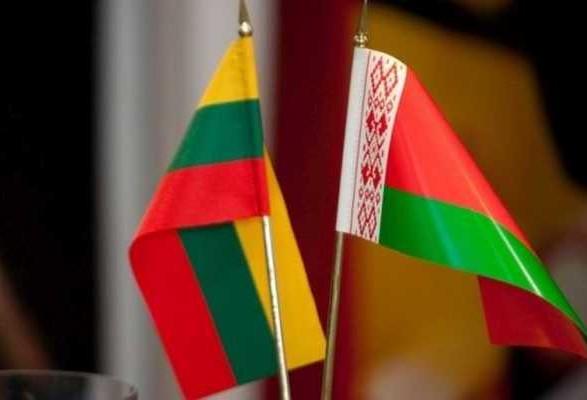 Беларусь в ответ высылает двух литовских дипломатов
