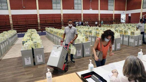 Избиратели Кипра сегодня выбирают новый парламент